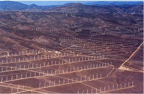 Cimetière d'éoliennes en Californie